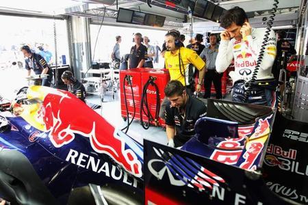 Renault propone a sus clientes utilizar motores nuevos en Sepang