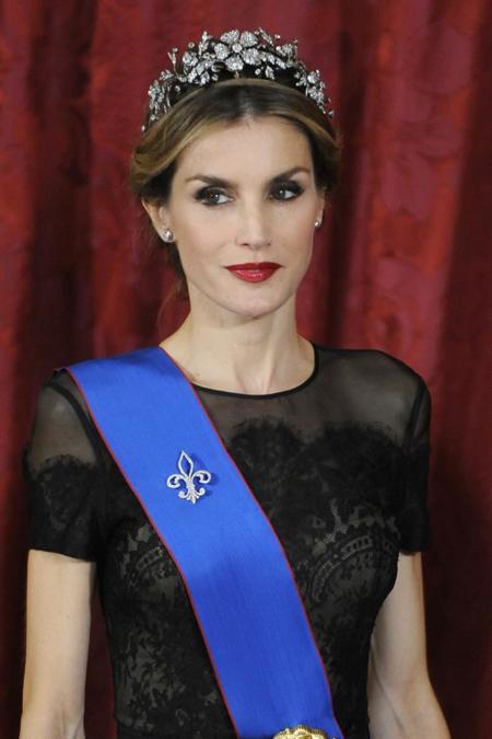 Doña Letizia se olvida (por una noche) de Felipe Varela para darle una oportunidad más a Carolina Herrera