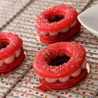 Cuando creíamos que estaba todo inventado, el donut se fusiona con los macarons