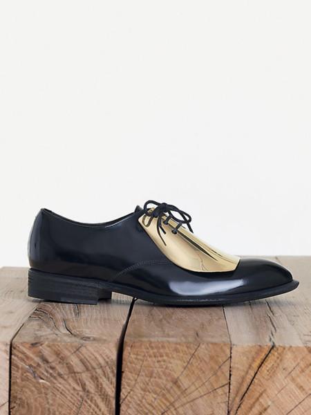 Los zapatos cromados de Céline Pre-Fall 2013. ¡Me los pido!