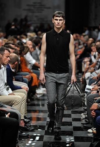 Foto de Prada, Primavera-Verano 2010 en la Semana de la Moda de Milán (9/13)