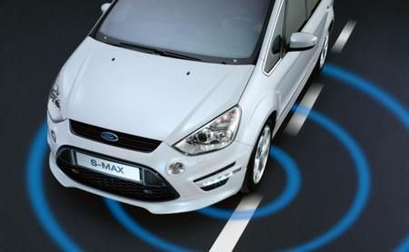 Ford Aviso cambio de carril
