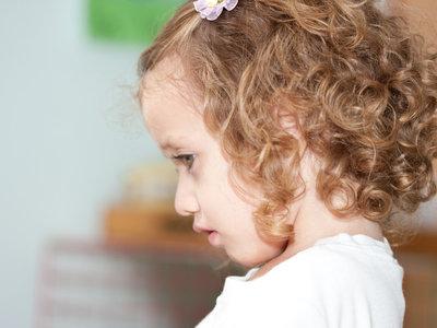 Un análisis de sangre y orina podría detectar el autismo en niños