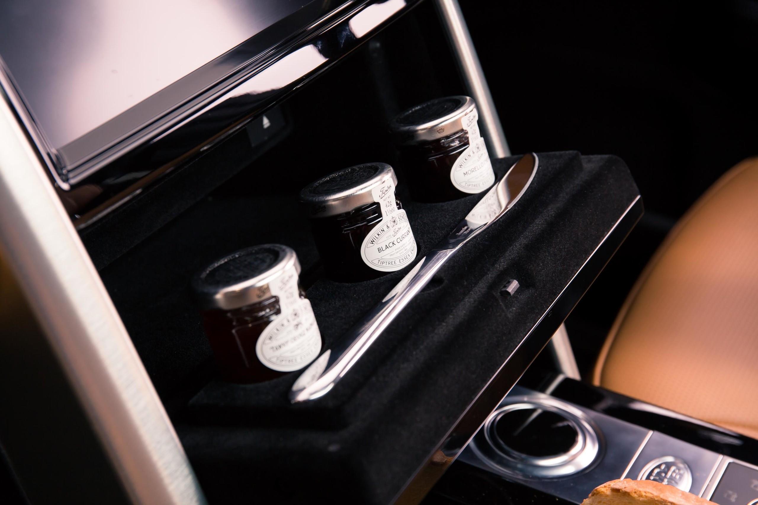 Foto de Land Rover Duscovery cocina ambulante (6/17)