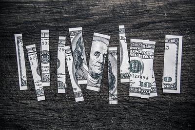 Estafas con las devoluciones de la renta que ocurren por hacer las cosas mal en los bancos