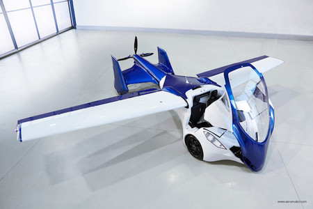 AeroMobil 3.0, así luce el nuevo prototipo de coche volador en pleno funcionamiento