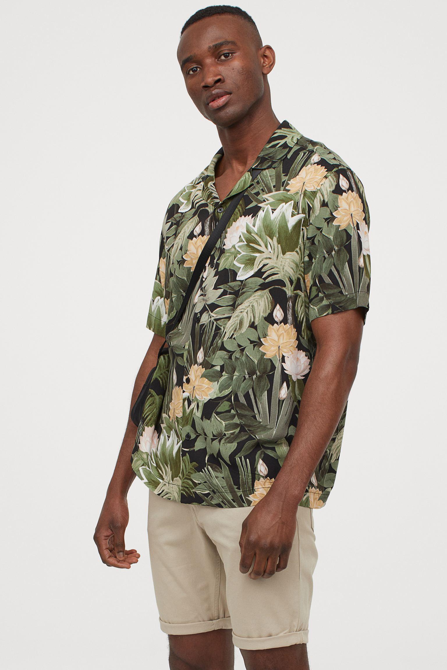 Camisa de estampado tropical H&M
