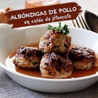 Albóndigas de pollo en caldo de jitomate. Receta en video