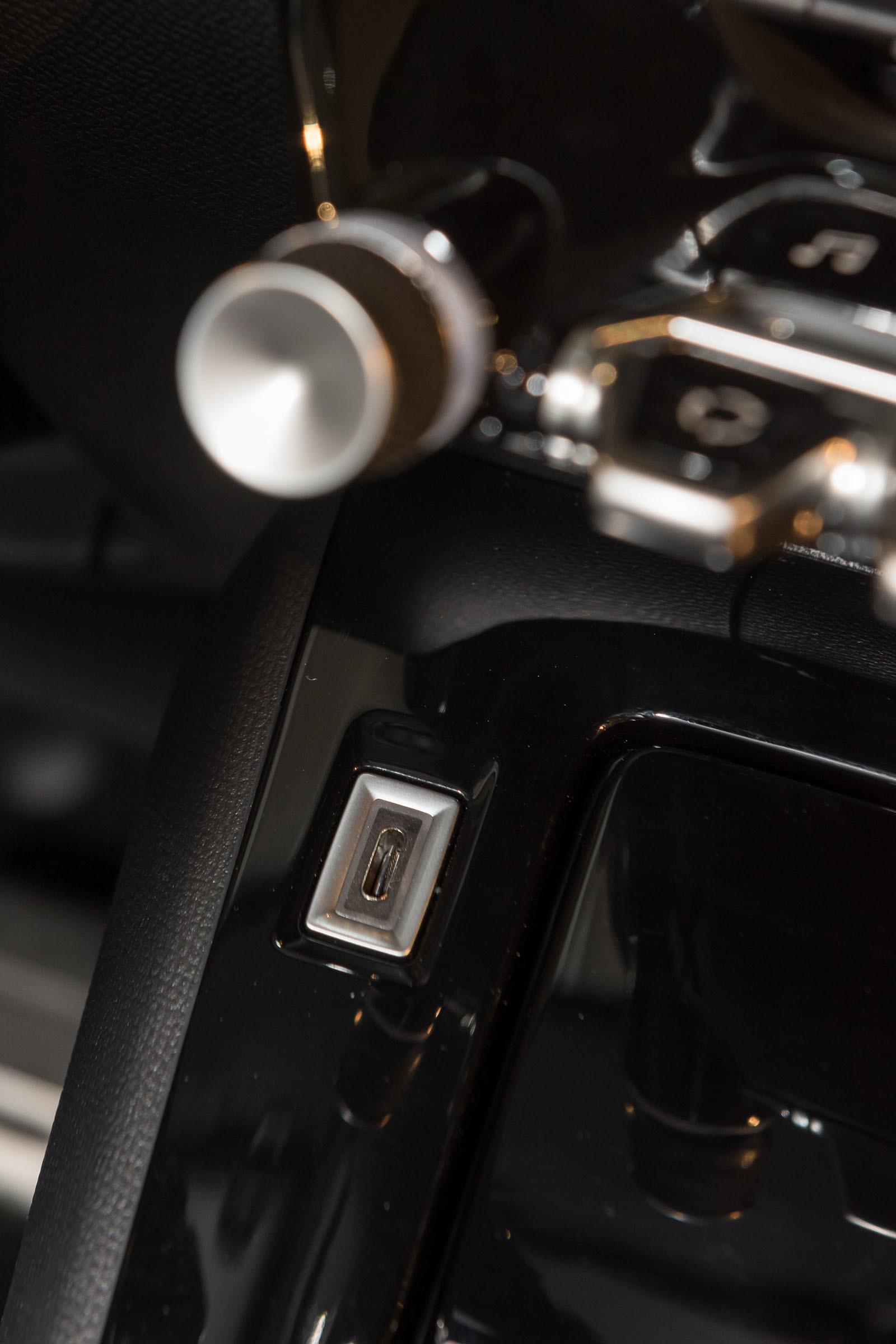 Foto de Peugeot 208 y e-208 2019 (presentación estática) (25/64)