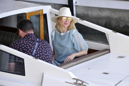 El primer look de Naomi Watts en Venecia nos ha conquistado
