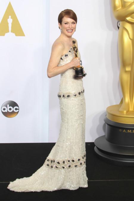 Julianne Moore Chanel Oscar 2015