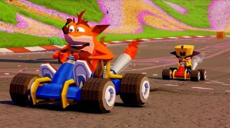 Crash Team Racing Nitro-Fueled nos permitirá elegir las skins poligonales del juego original en PS4. No te pierdas su nuevo tráiler