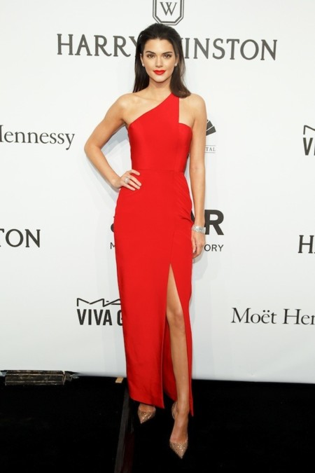 Kendall Jenner se vuelve rubia para Fendi