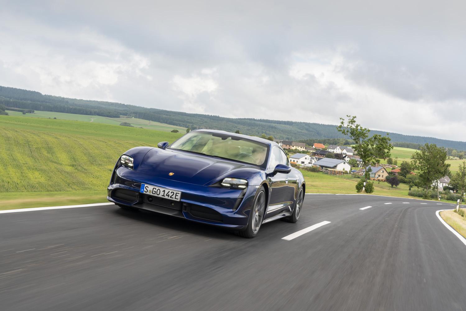 Foto de Porsche Taycan prueba contacto (32/275)