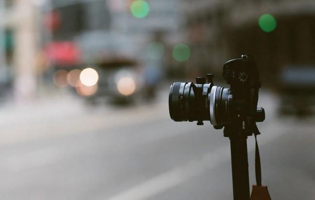 Nikon y Canon deberían ofrecer cifrado en sus cámaras: hay razones poderosas para ello