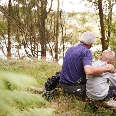 Santi y su abuelo, la historia de admiración, superación y cariño de una pareja que te cautivará