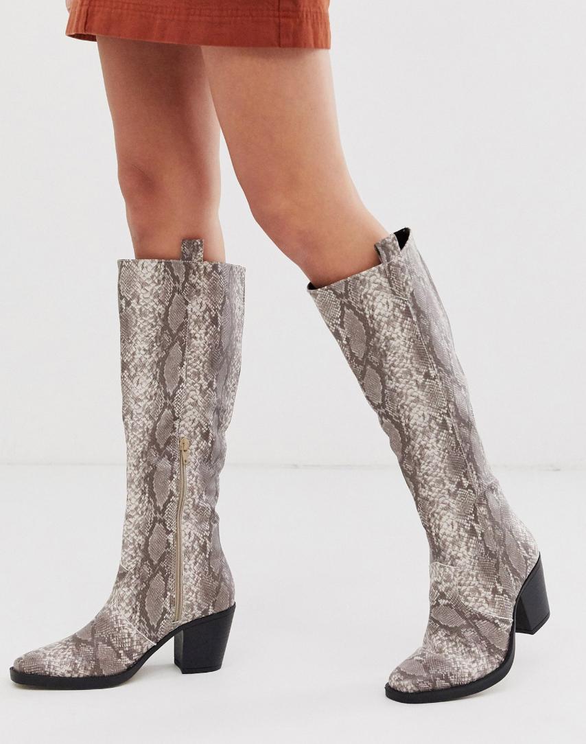 Botas por la rodilla sin cierres de efecto serpiente de Truffle Collection