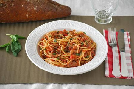 Spaghetti cacciatore. Receta