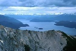 Nahuelito, el hermano argentino del monstruo del lago Ness