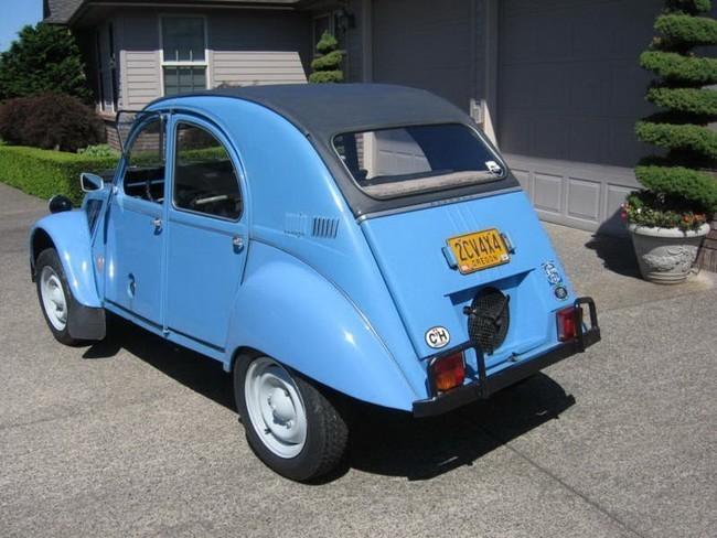 Citroën 2CV Sahara 1961