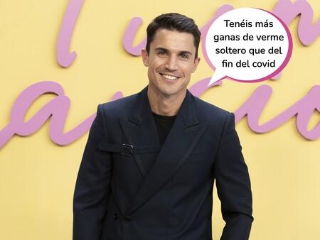 Álex González se pronuncia por primera vez sobre los rumores de su ruptura con María Pedraza en la presentación de 'Fuimos Canciones'