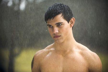¿Taylor Lautner es gay?