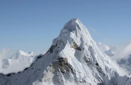 Así de asombroso es el Himalaya a vista de pájaro y en UltraHD