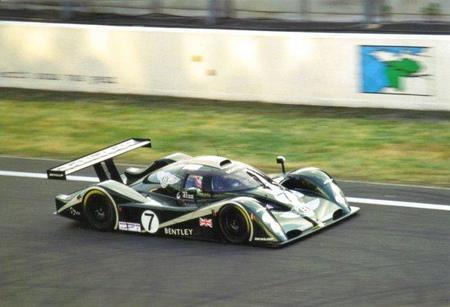 Bentley piensa en el Dakar para su vuelta a la competición