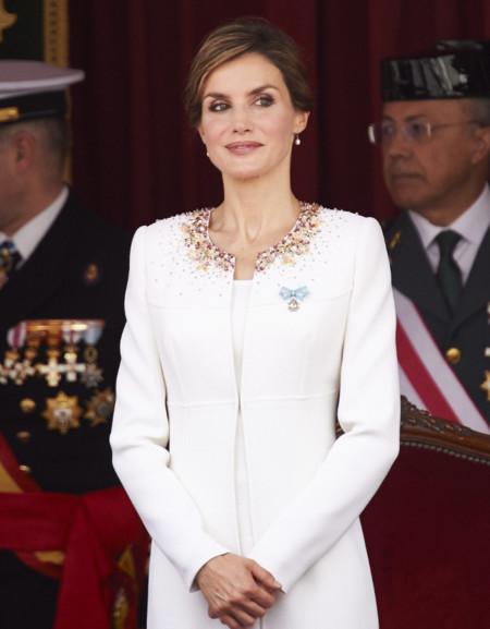 La reina Letizia luce un precioso y sencillo recogido a pesar de su nuevo corte, ¡toma nota!