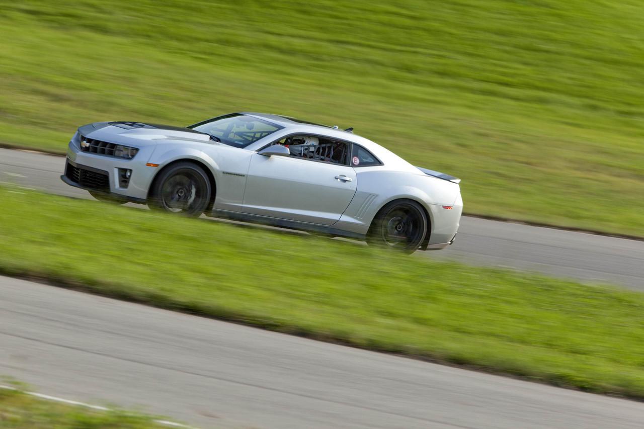 Foto de 2012 Chevrolet Camaro ZL1 (7/11)