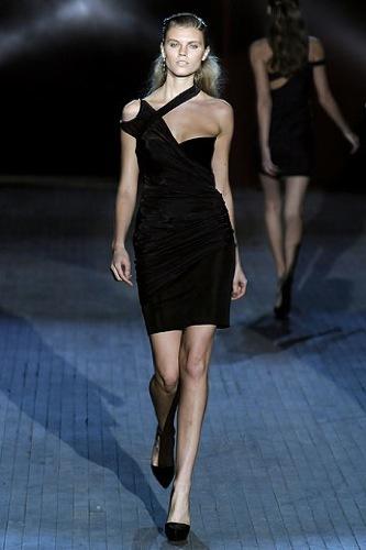 Los 10 mejores vestidos para esta Navidad, Alexander Wang