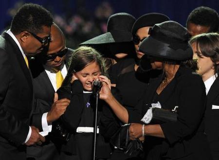 Paris Jackson en el funeral