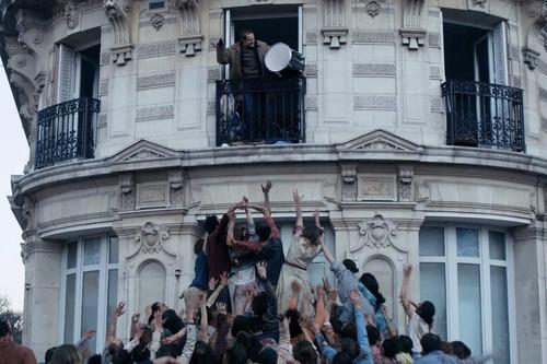 'La noche devora el mundo': una parábola post-apocalíptica a ratos brillante, pero algo encorsetada