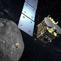Así se las ingenia la sonda japonesa Hayabusa 2 para tomar una muestra del asteroide Ryugu