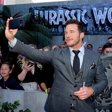 Chris Pratt domina el mundo Jurásico y del estilo con su look en la premiere de Los Angeles
