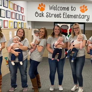 Las bonitas fotografías del antes y después de un grupo de profesoras que prueban que el embarazo es contagioso