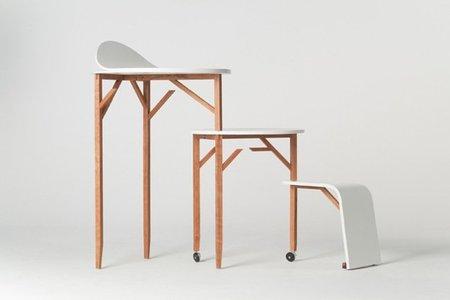 Una mesa de trabajo en tres alturas