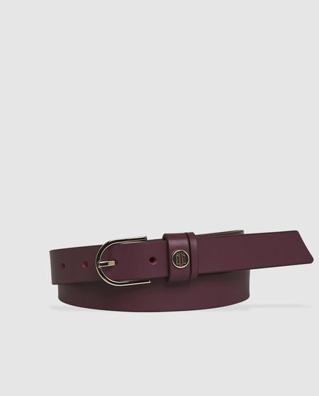 Cinturón de mujer Tommy Hilfiger de piel granate con hebilla redondeada