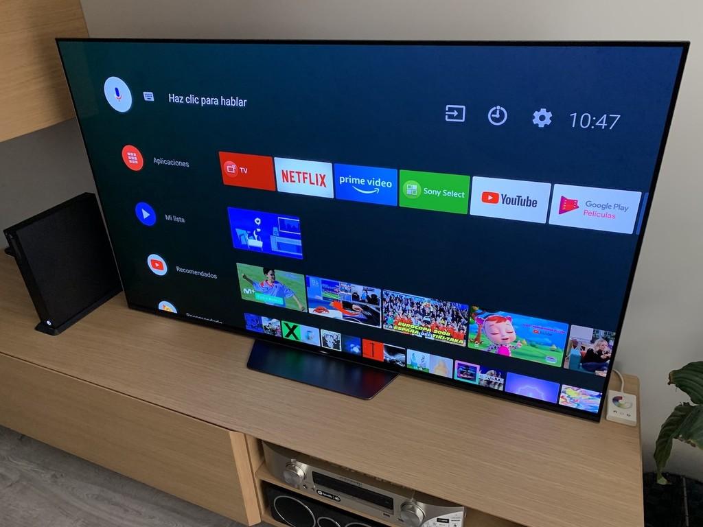 Sony ya ha comenzado a implementar Alexa en sus televisores basados en Android TV con un despliegue escalonado en varios países