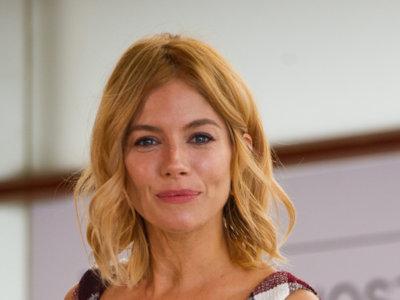 El espectacular look de Sienna Miller en la 63 edición del Festival de San Sebastián