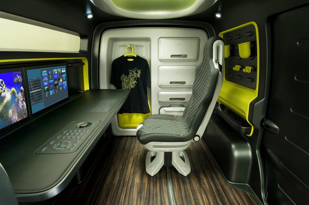 Foto de Nissan NV200 Concept (11/17)