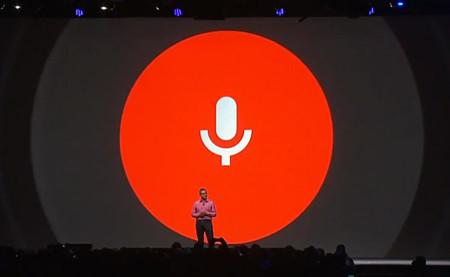 Google avanza a pasos agigantados en la misma dirección de Siri