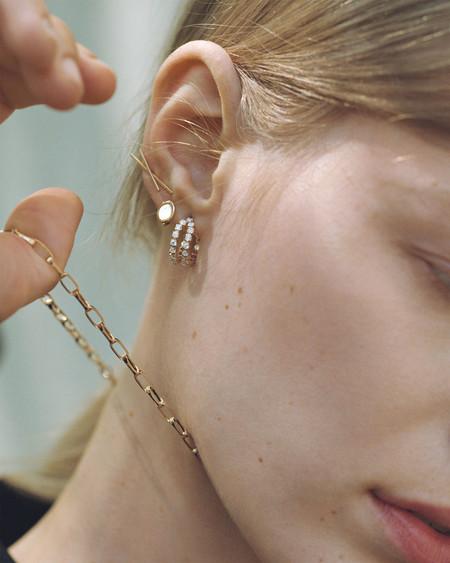 La nueva colección de joyas de plata bañada en oro de Zara añadirá un toque minimalista a tus looks de diario
