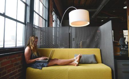El acceso remoto, una alternativa perfecta para complementar la jornada contiua en verano