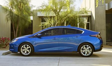 Chevrolet Volt 2016 1000 011