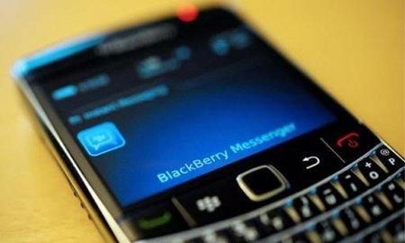 Compañias de telefonía anuncian bonos por falla de Blackberry