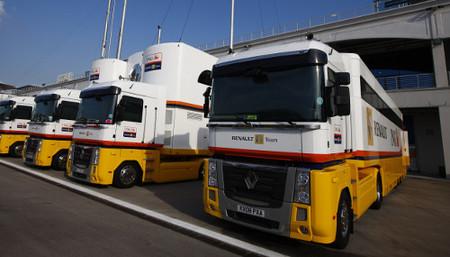 Los camiones de Renault F1 Team ya están en Valencia