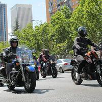 Los moteros contra la DGT: habrá manifestación para pedir guardarraíles más seguros, menos peajes para las motos y mucho más