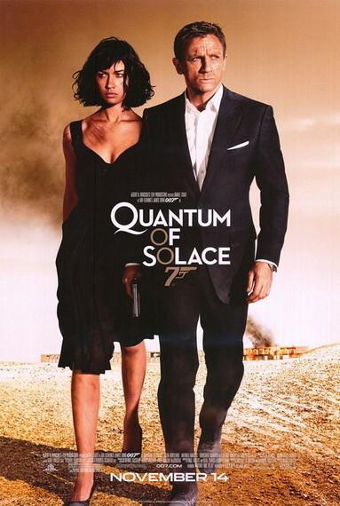 'Quantum of Solace', póster final