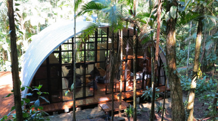 ARCA, una casa de campo en la selva brasileña